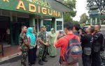 Kodim 0412 Lampung Utara Dengan Menggandeng Dinas Kesehatan Kabupaten Lampung Utara Menggelar Sosialis Virus Corona