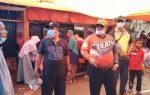 Antisipasi Penyebaran Virus Corona Ketua DPRD Merangin dengan Pemdes Muara Delang Bagi-Bagi Masker